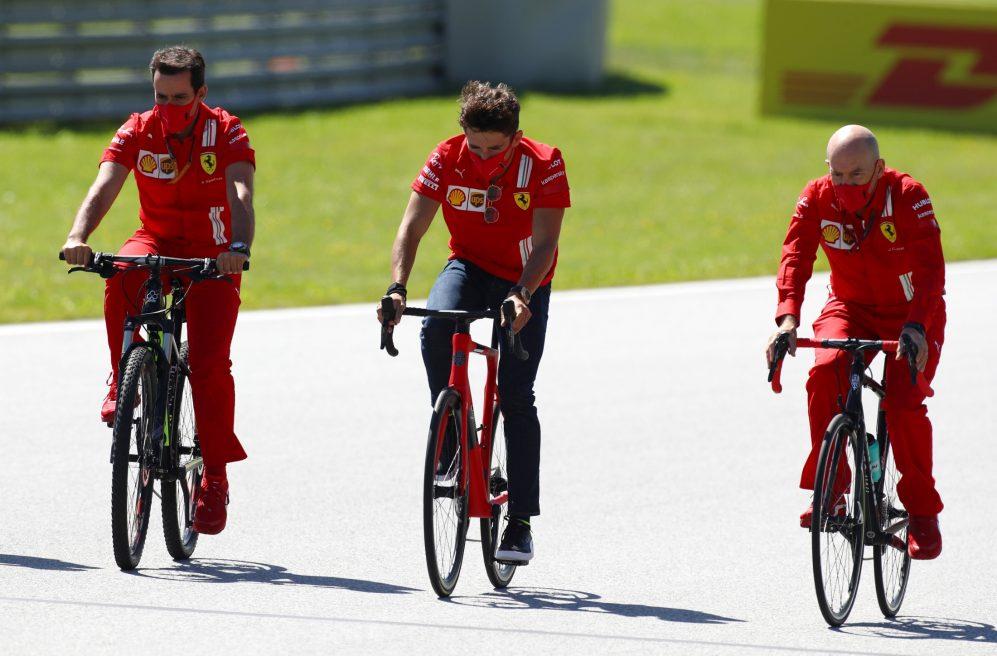 Jock Clear da ingegnere Ferrari a driver coaching della FDA.