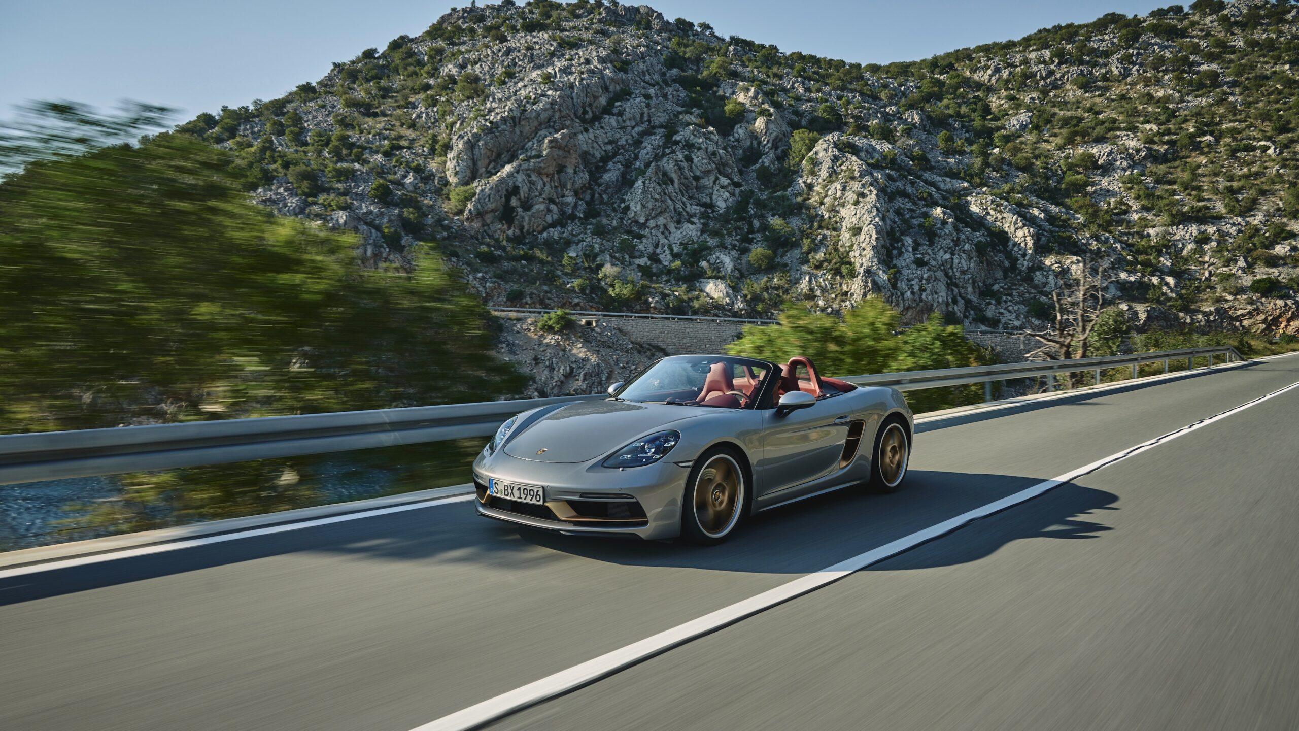 Nuova Porsche Boxster 25 Years rivisita le sue origini.