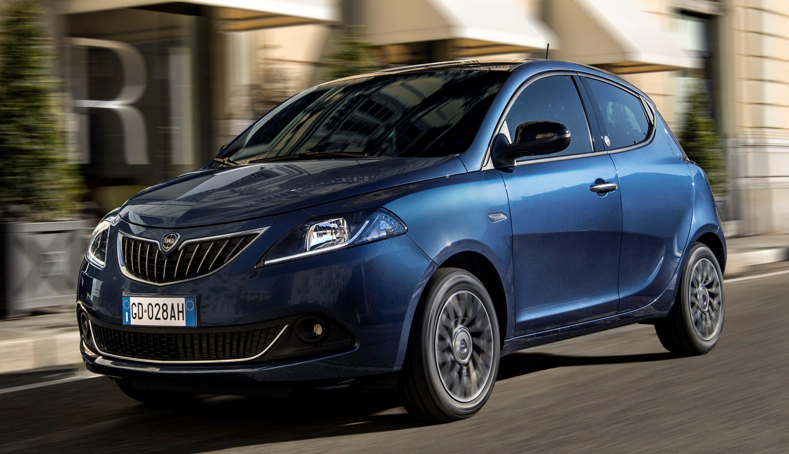 Lancia Ypsilon: nuovo look e nuovi motori.