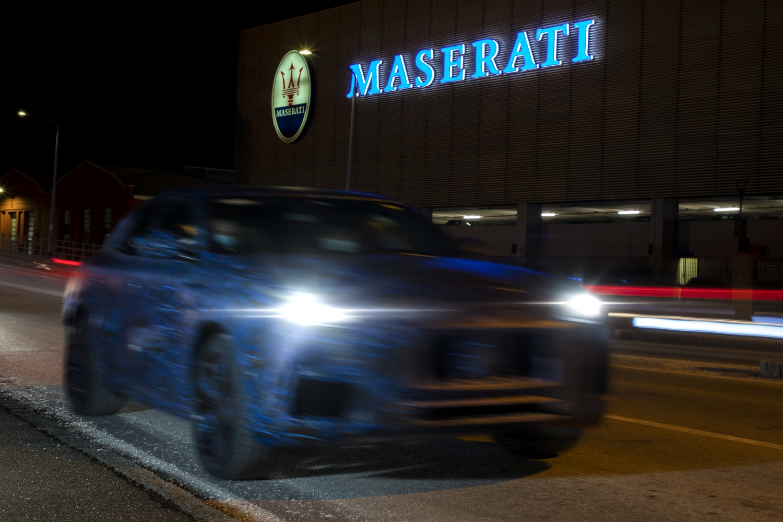 Prime foto del nuovo SUV Maserati Grecale.