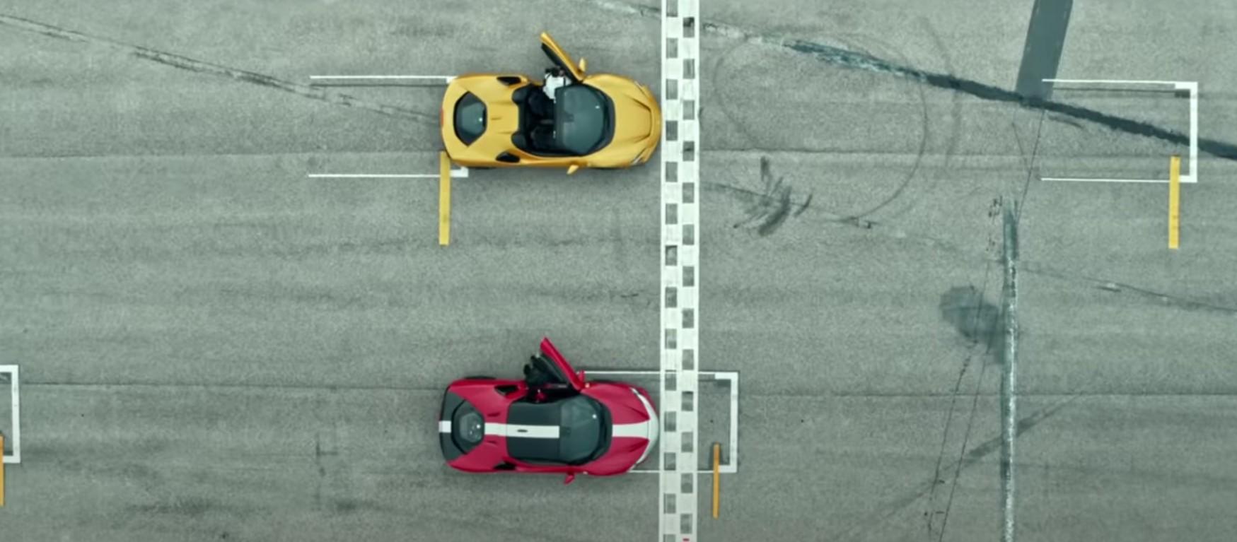 Leclerc e Sainz in pista con la SF90 a Imola.
