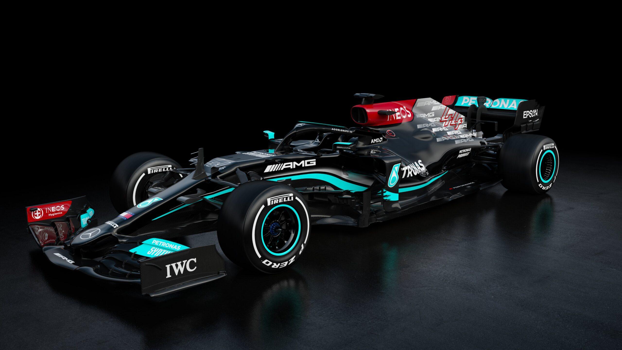 Mercedes svela la nuova monoposto di F1.