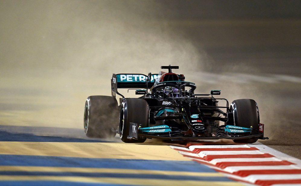 Diretta dei Test pre-stagionali di F1- Giorno   2: Ferrari delude.