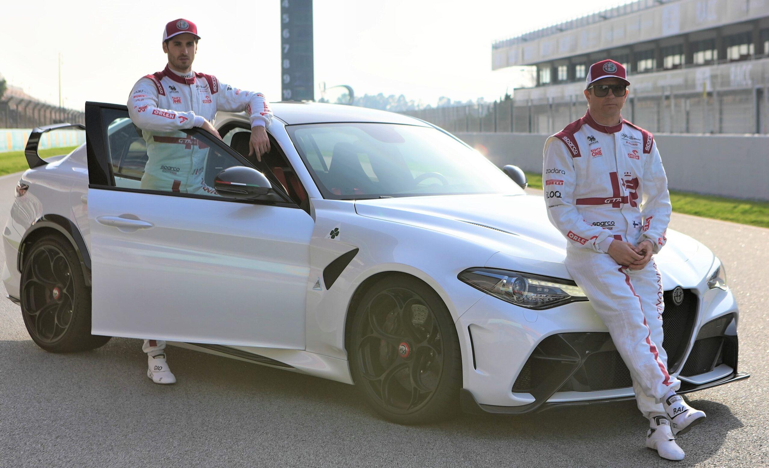 Giulia GTA e GTAm in F1 con l'Alfa Romeo Racing.