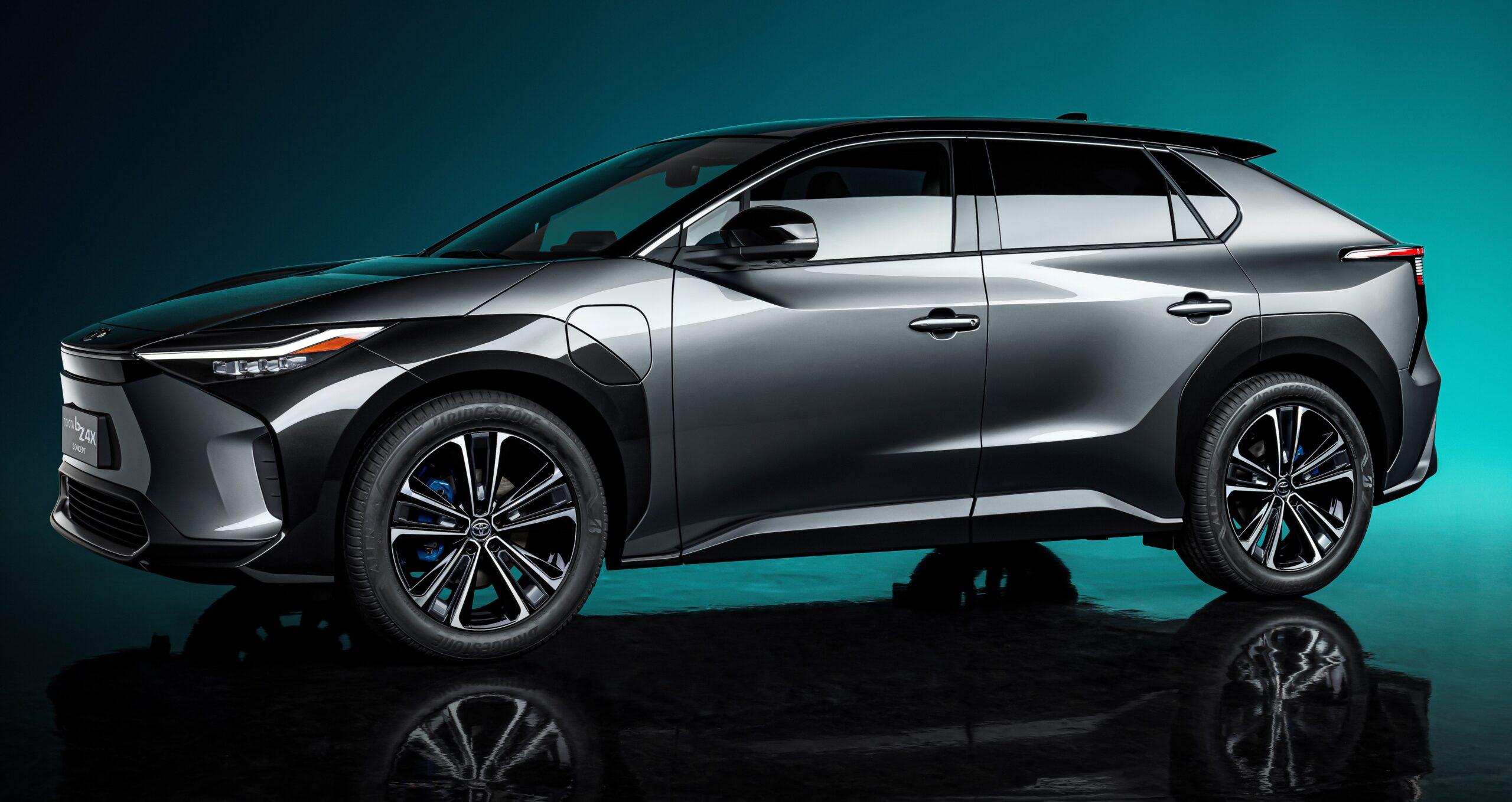 Toyota bZ4X concept: primo di una serie di veicoli elettrici.