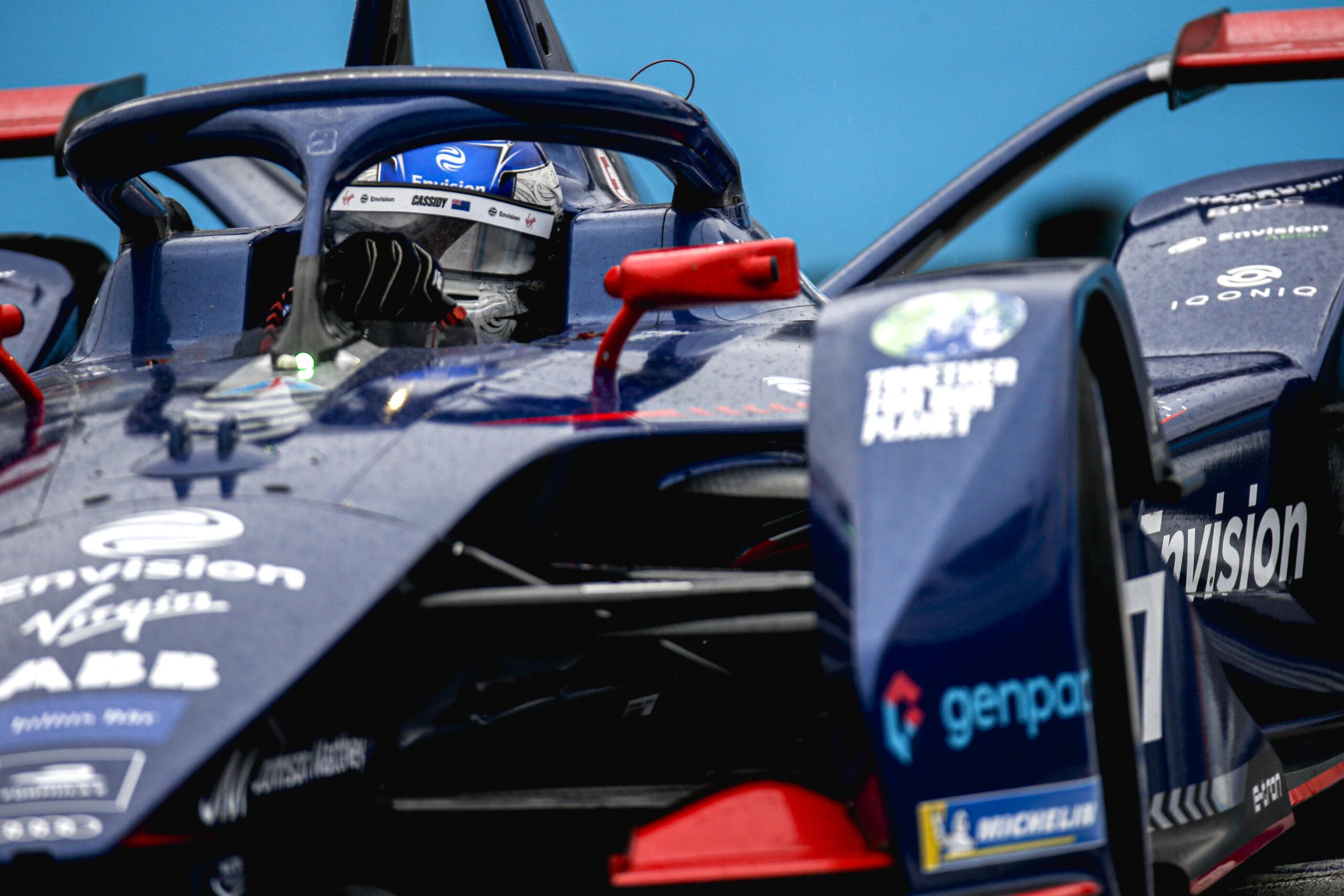 Qualifiche E-Prix di Roma (Round 4) di Formula E: Super Pole di Nick Cassidy con la sua Envision Virgin Racing.