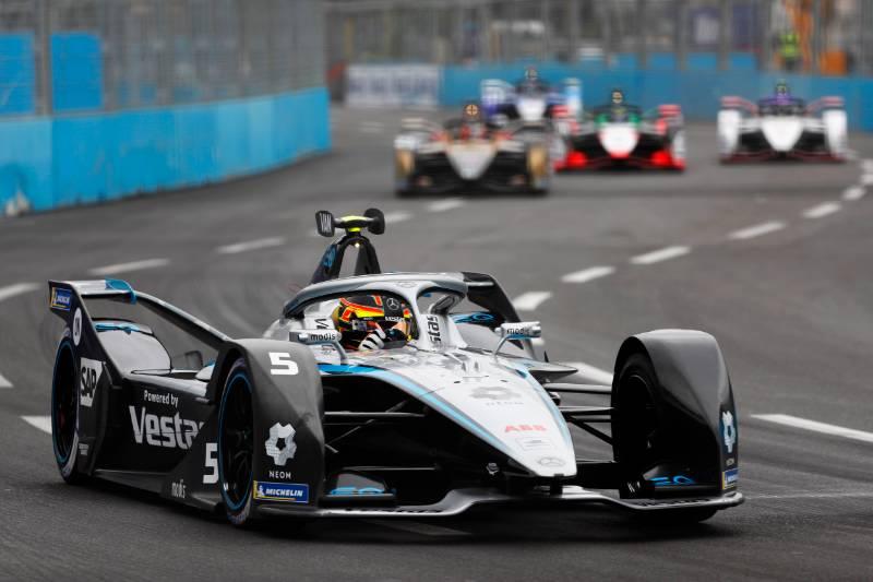Qualifiche E-Prix di Roma di Formula E: Super Pole per Vandoorne con la sua Mercedes.