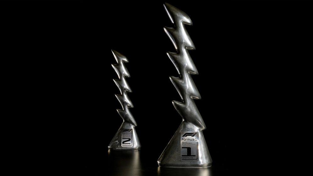 Gp Imola: Pirelli svela il trofeo per il Gp dell'Emilia Romagna.