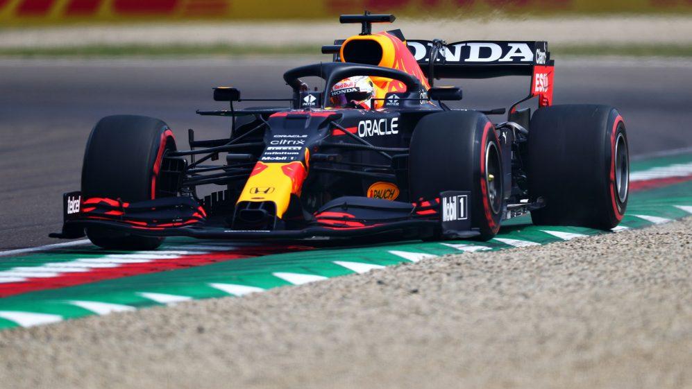 Prova libera 3 Imola di F1: Verstappen domina, Ferrari 5° e 7°.