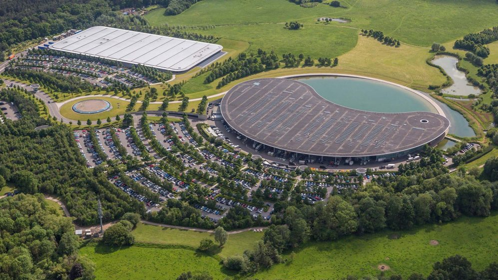 McLaren vende la sede di Woking per 170 milioni di sterline.
