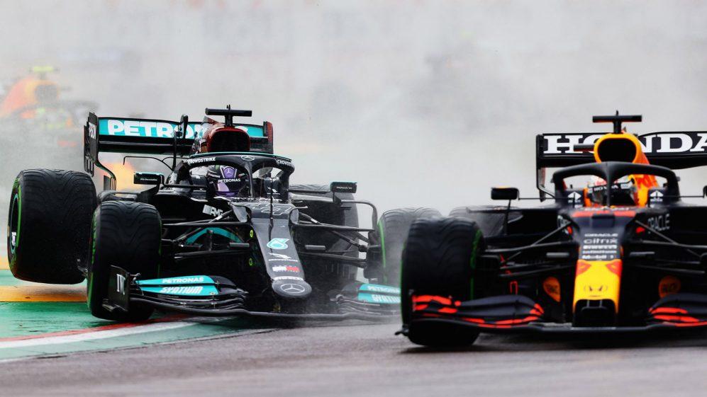 L'ala rotta di Hamilton gli faceva perdere 6 decimi a giro.