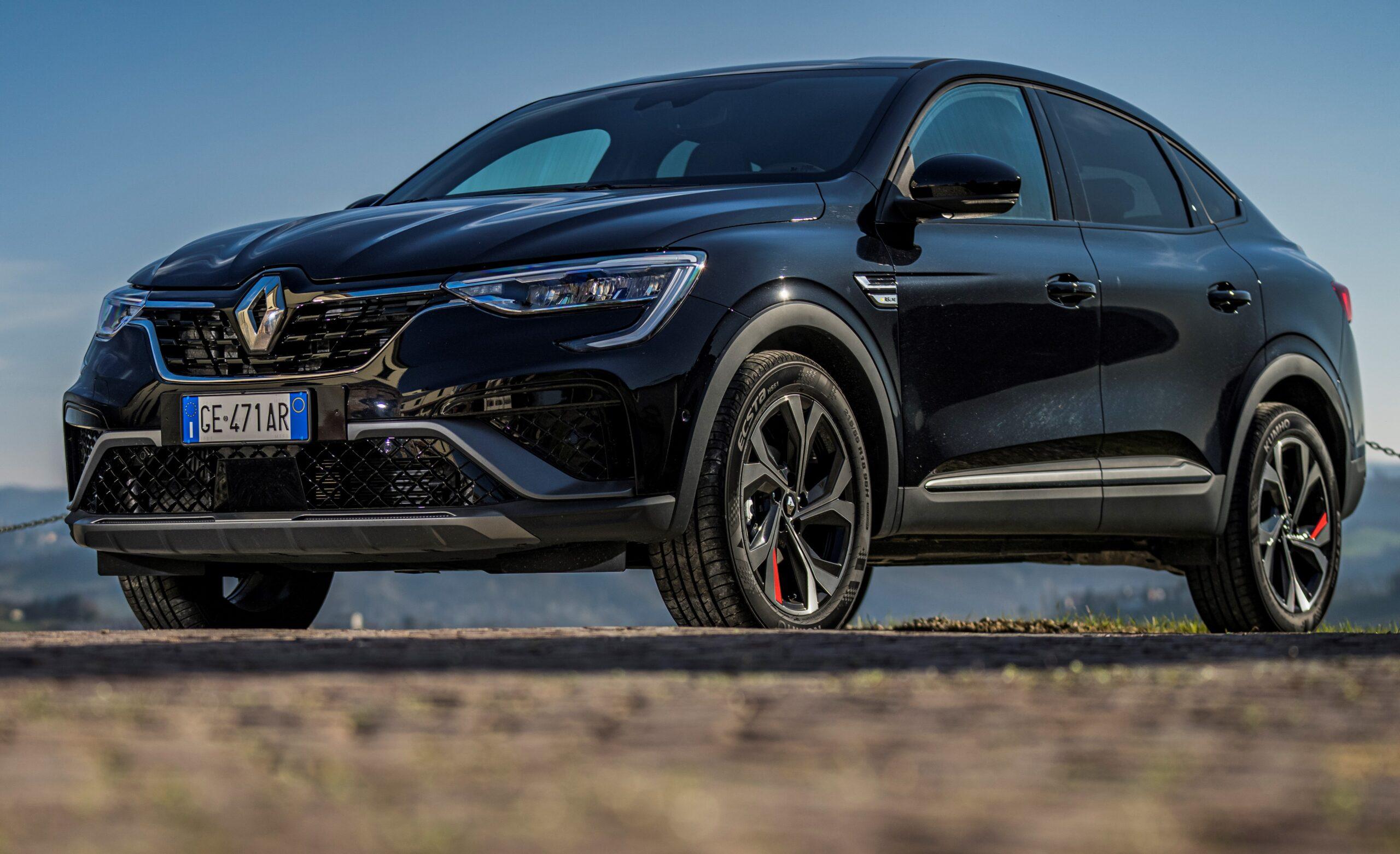 Renault limitata a 180 Km/h, lo conferma il CEO Luca de Meo.
