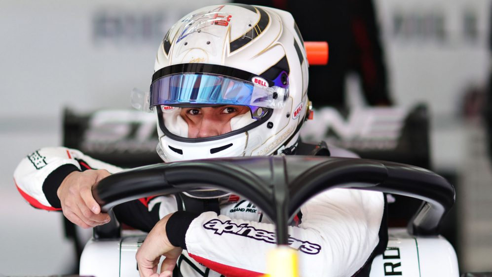 Correa torna in pista per la prima volta dopo l'incidente di Hubert a Spa.