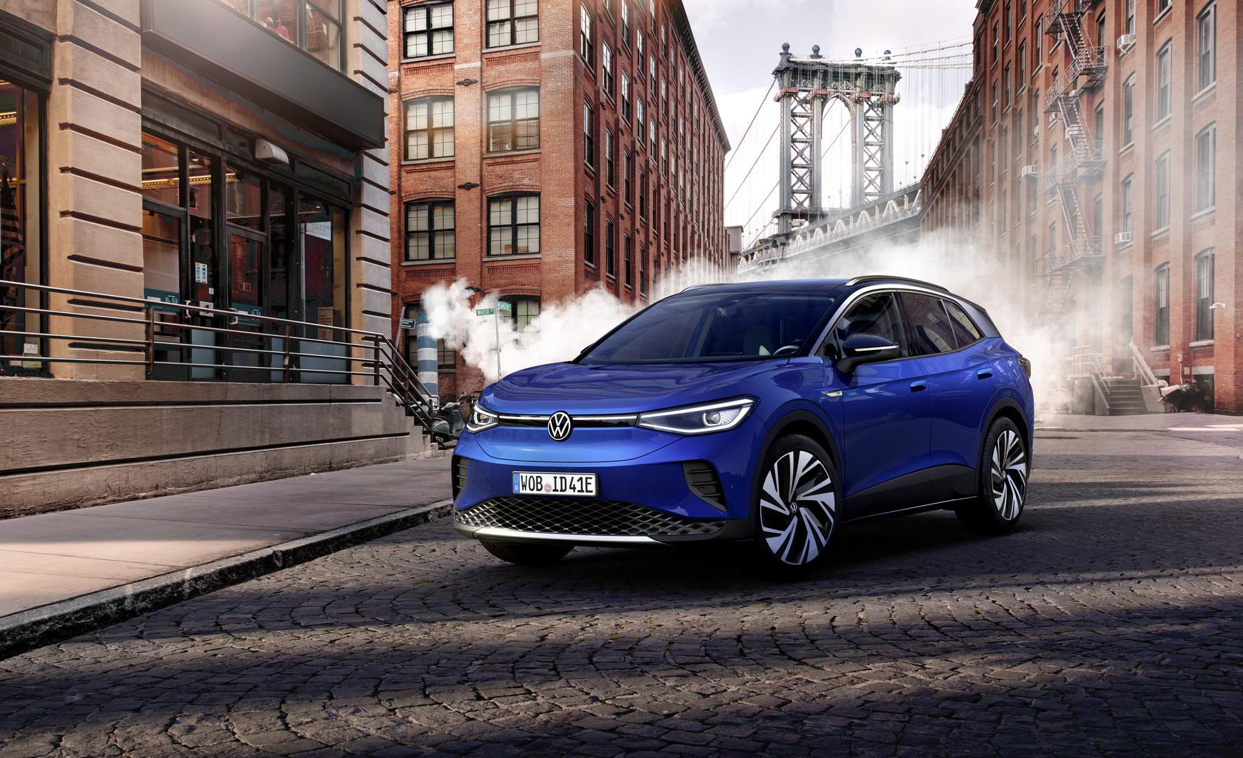 Volkswagen ID.4 è l'auto dell'anno 2021.