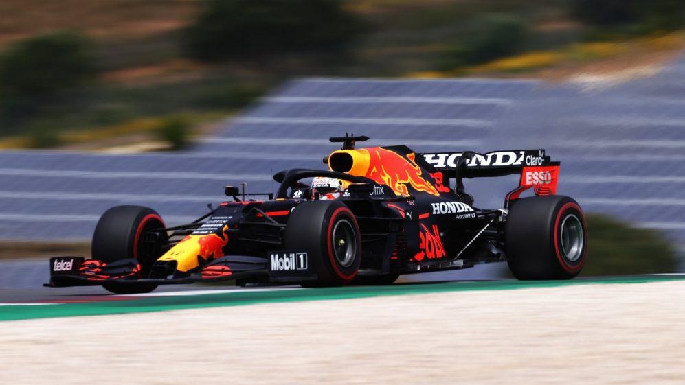 Prova libera 3 del GP del Portogallo di F1: Verstappen primo davanti a Hamilton, Ferrari 6° e 7°.
