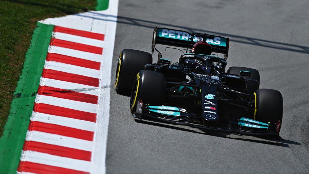 Qualifica del GP di Spagna di F1: 100° Pole position per Lewis Hamilton, Ferrari 4° e 6°.