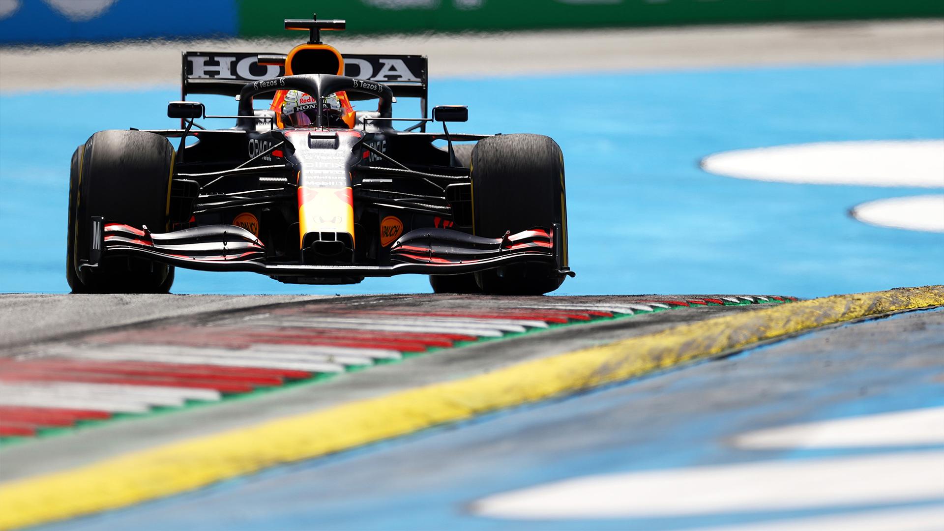 Gp di Stiria, risultati gara: Verstappen domina, Ferrari 6° e 7°.
