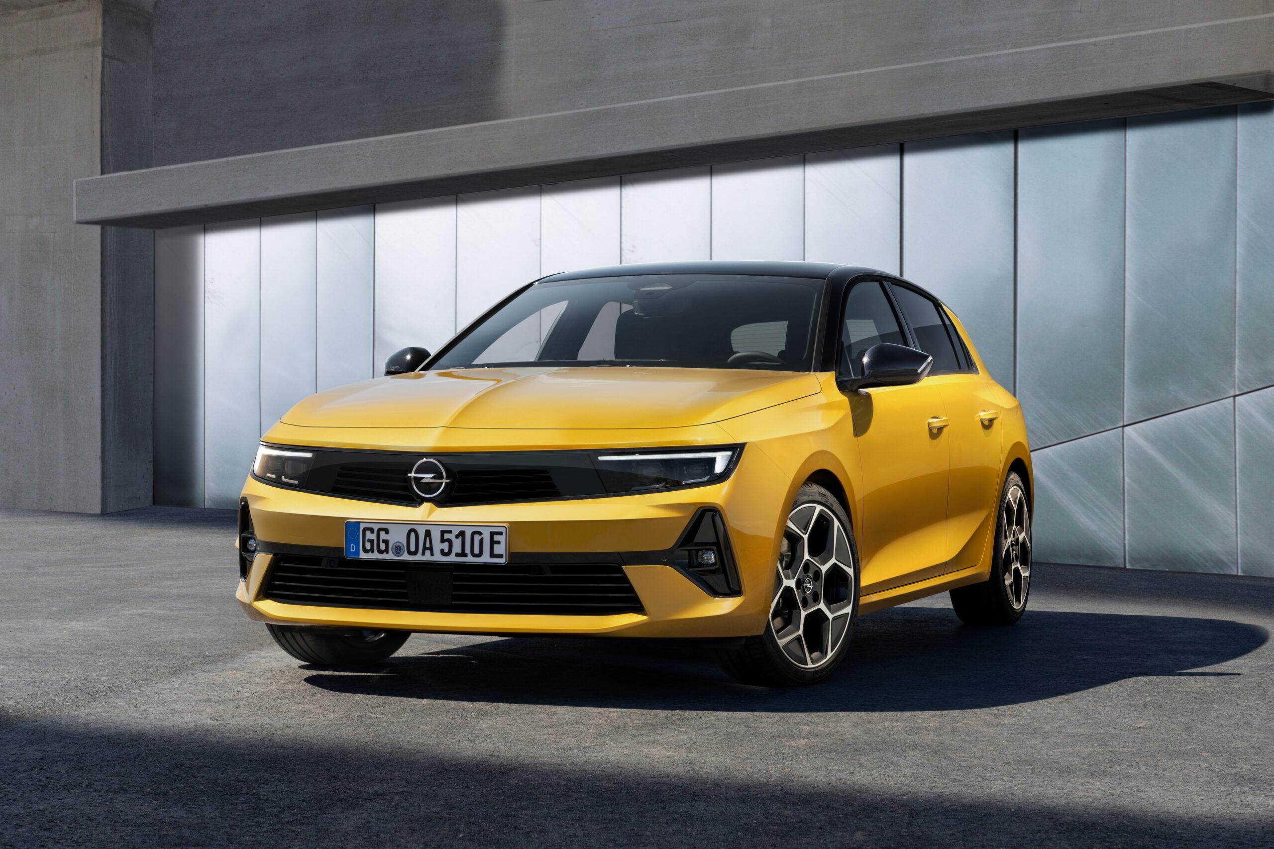 Opel presenta la sesta generazione di Astra.