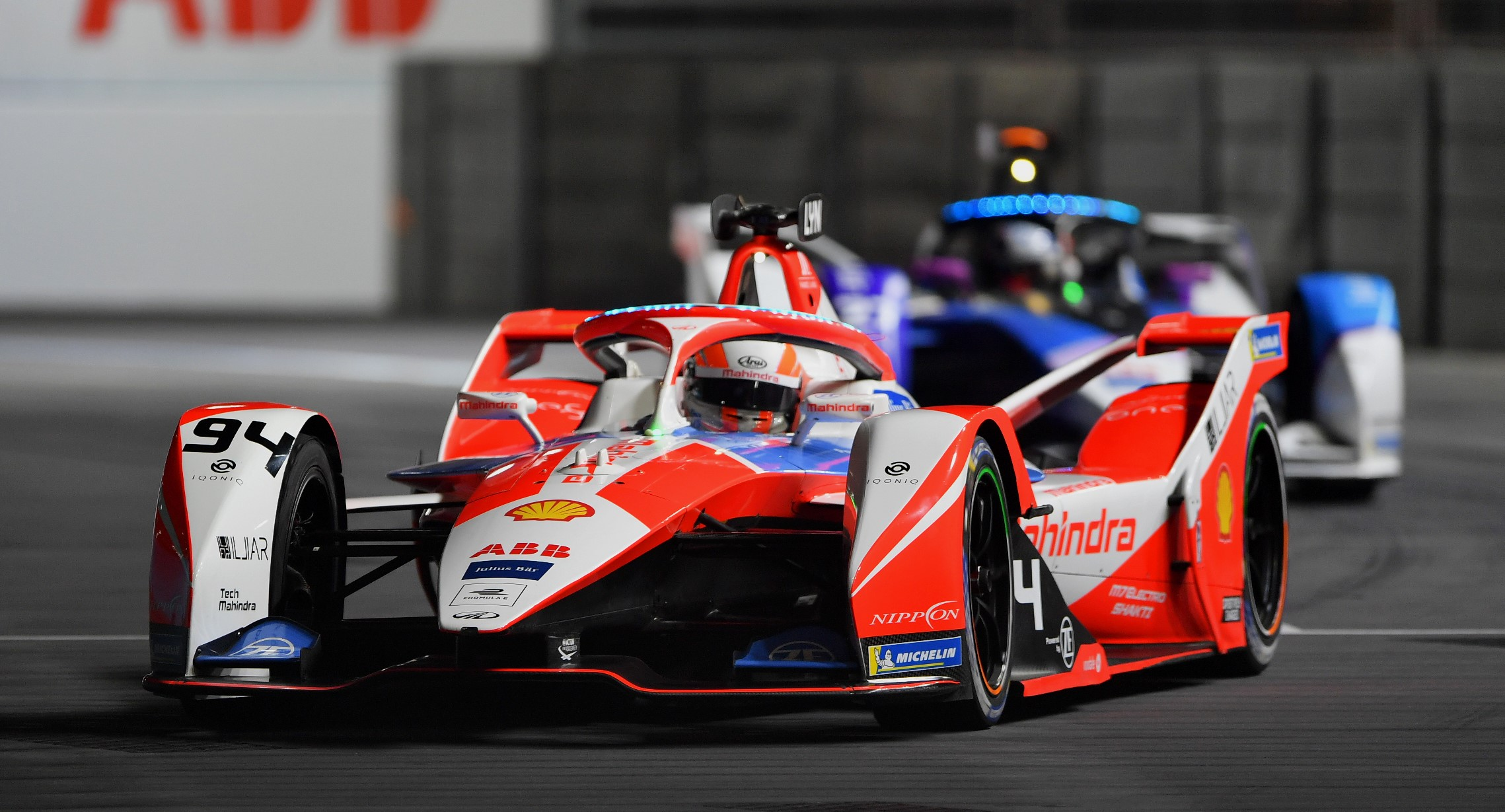 Gara E-Prix di Londra (Round 13): Lynn (Mahindra Racing) vince una gara pazza, secondo de Vries.