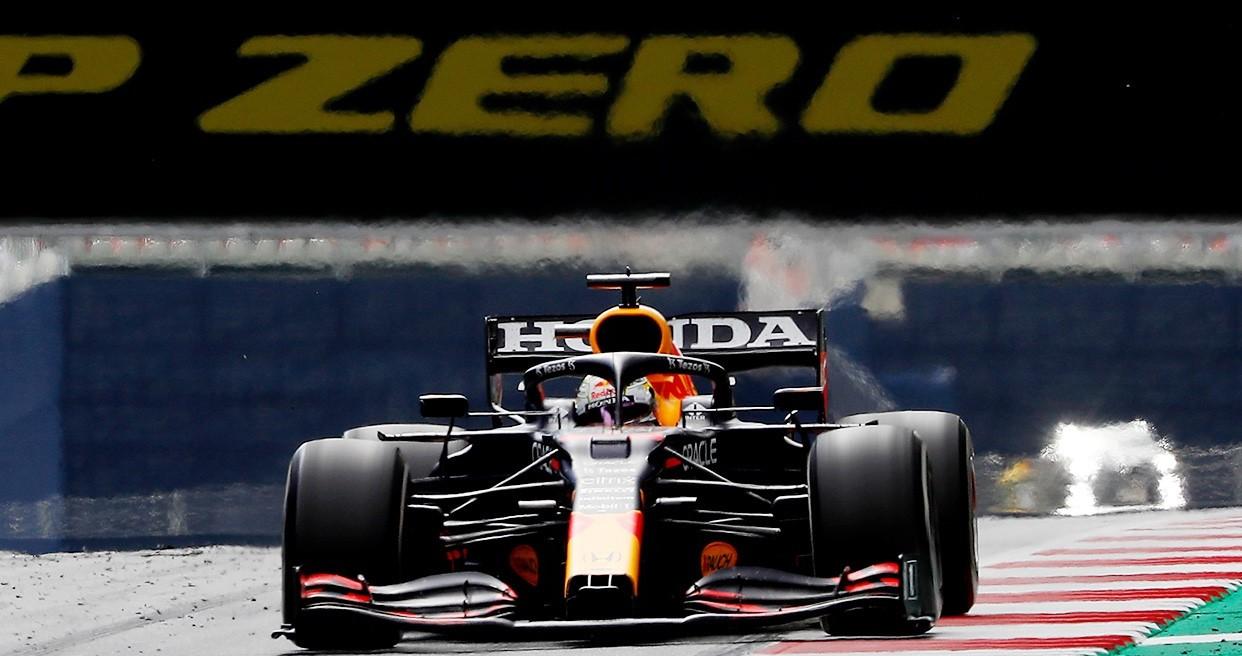 FP1 Gp d'Austria: Verstappen primo, Ferrari 2° e 3°.