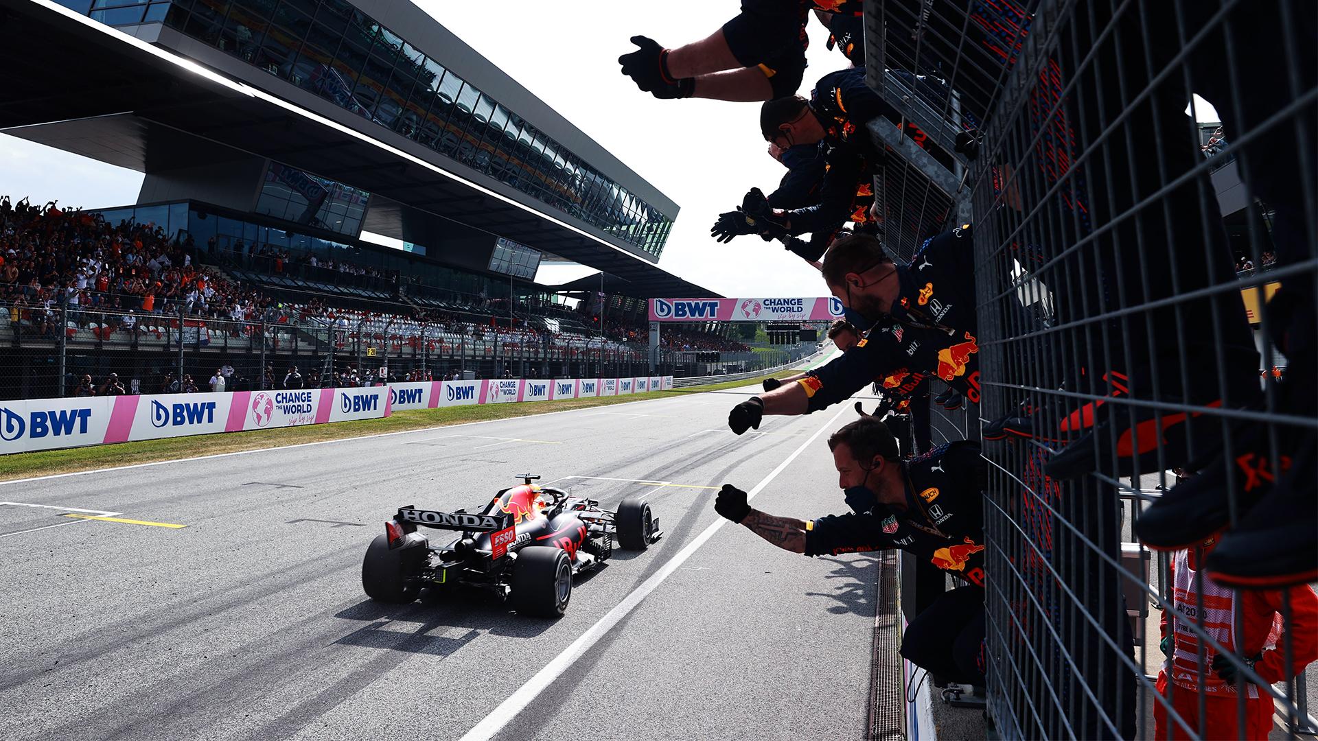 Gp d'Austria, risultati gara: Verstappen stravince, Ferrari 5° e 8°.