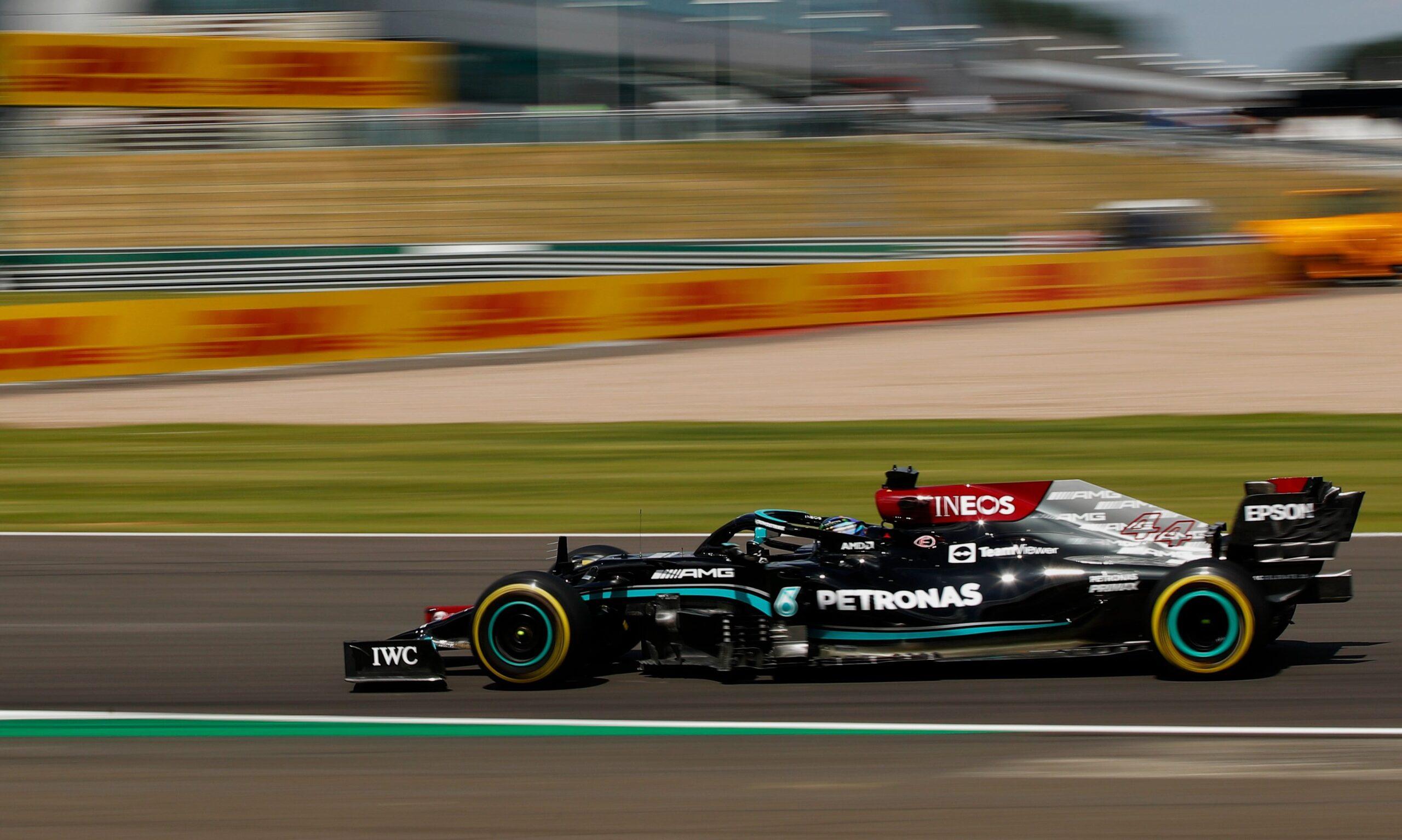 Qualifica Gp Silverstone: Lewis Hamilton sorprende, Ferrari 4° e 9°.