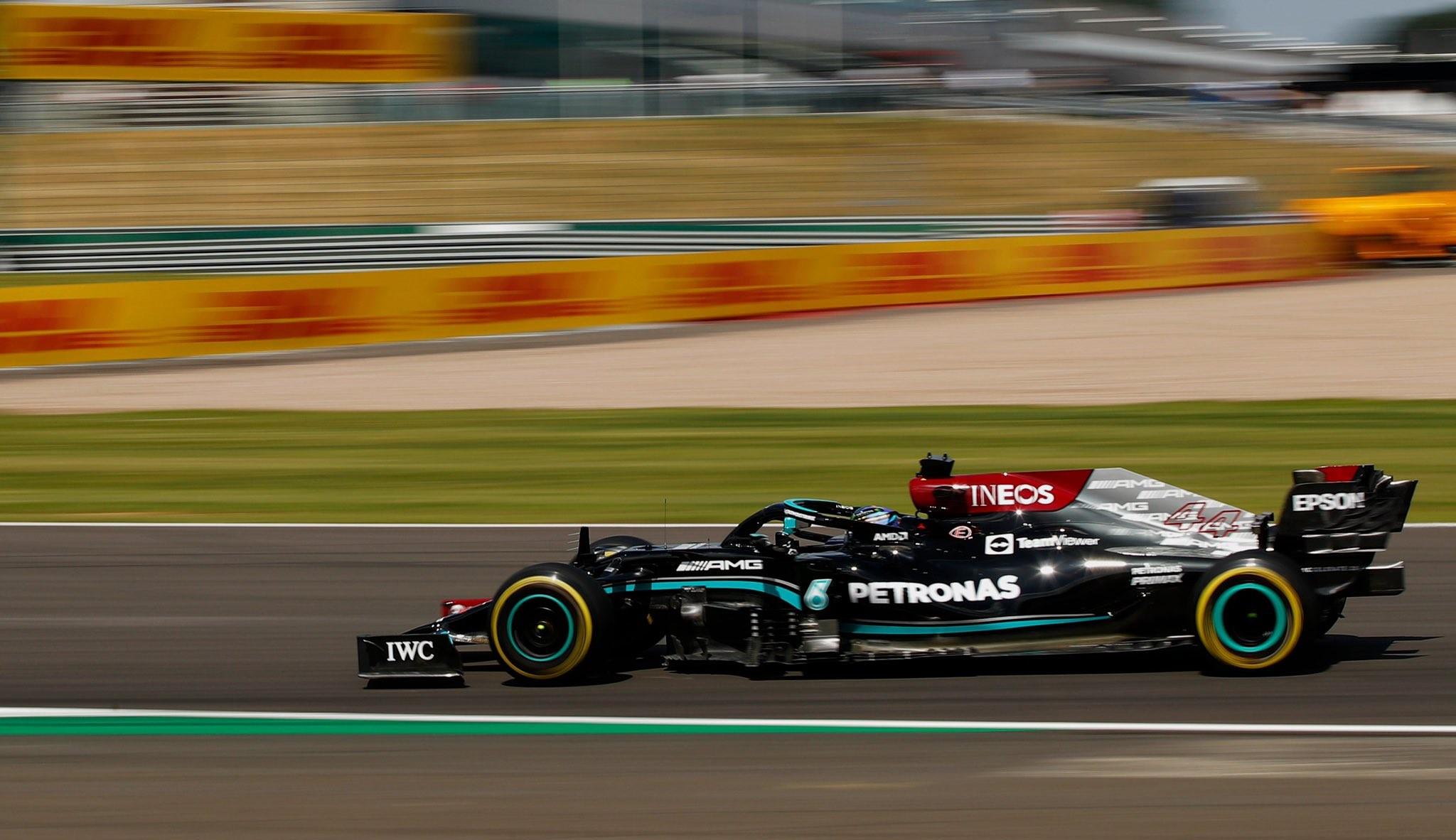 Gara Gp Silverstone: Hamilton vince una gara strepitosa, Leclerc magico in seconda posizione.