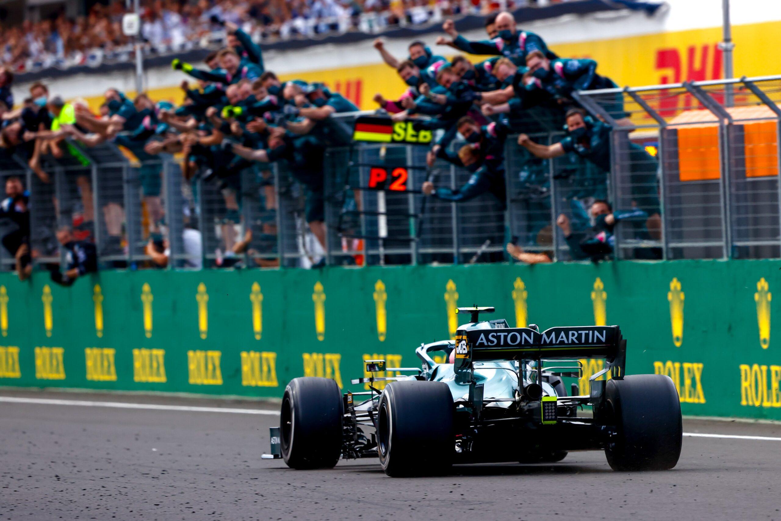 Sebastian Vettel squalificato dal Gp d'Ungheria, Sainz a podio.