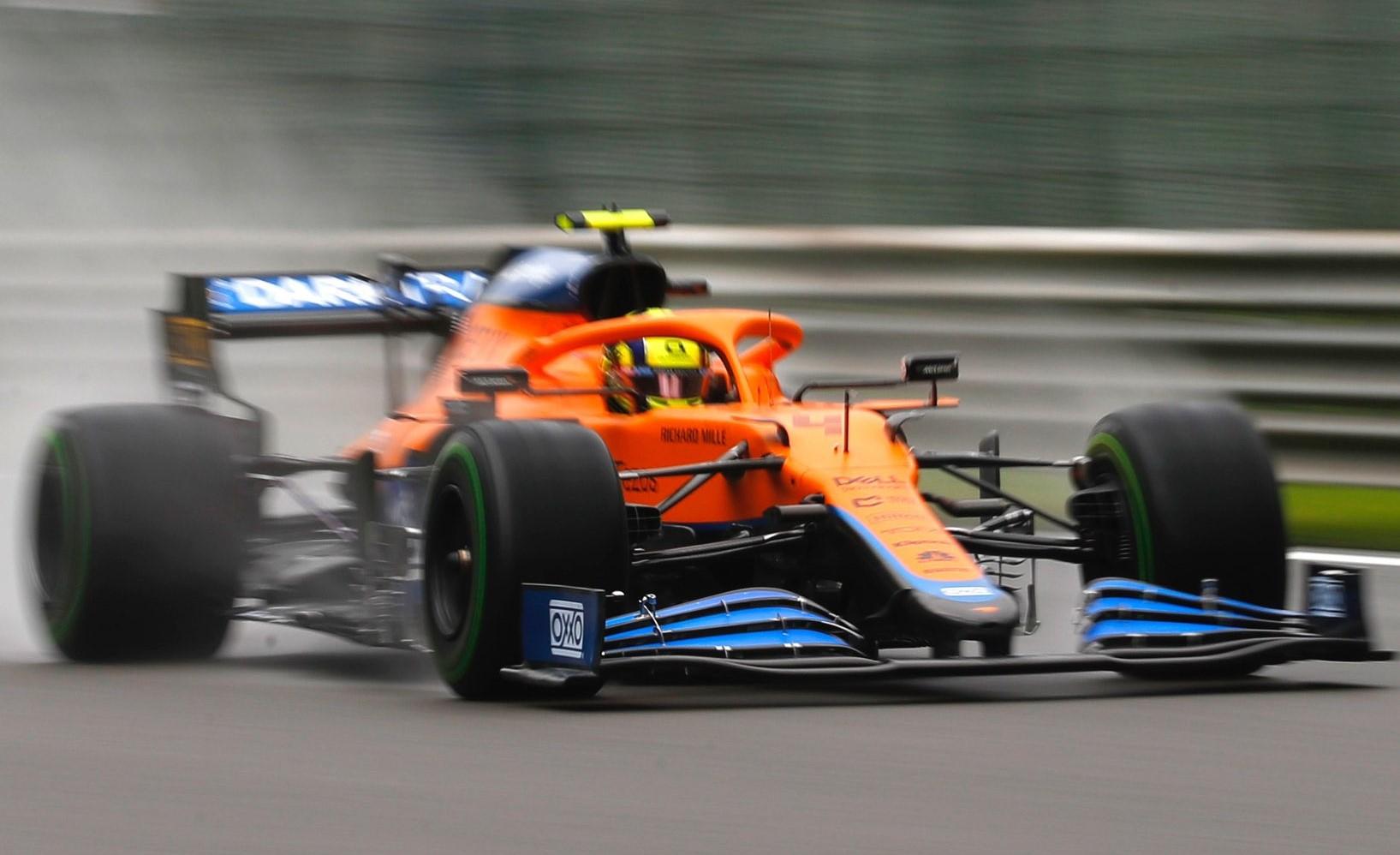 Lando Norris penalizzato di cinque posizioni dopo l'incidente in Q3.
