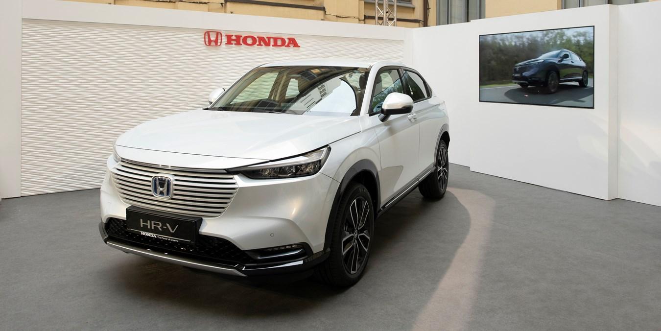 Honda HR-V e:HEV Full Hybrid in anteprima alla Design Week di Milano.