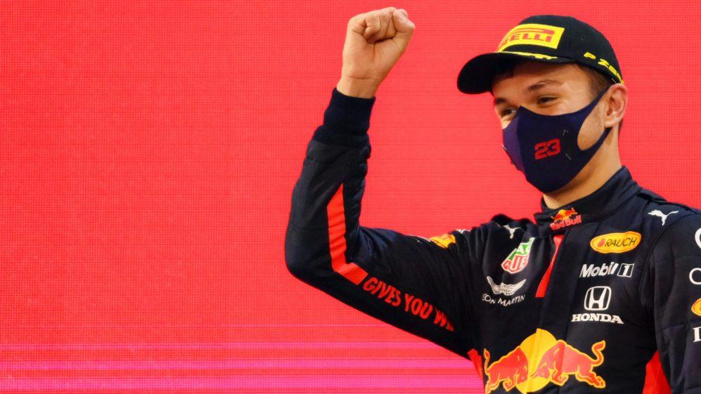 Alex Albon ritorna in F1 nel 2022 in Williams insieme a Latifi.