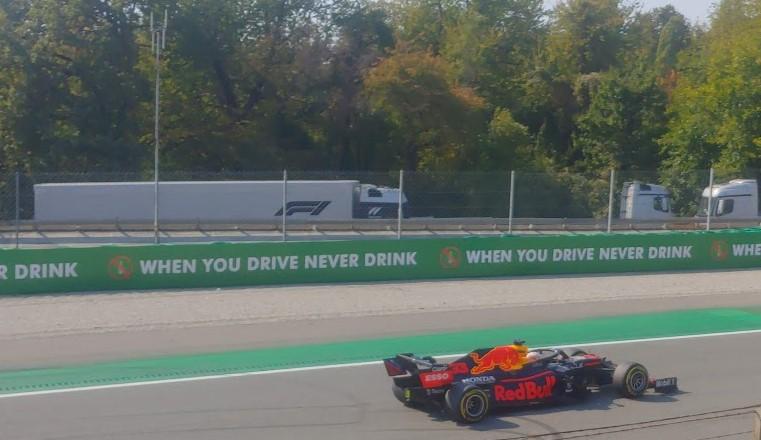 Nuovo motore per Verstappen, scatterà dal fondo della griglia.