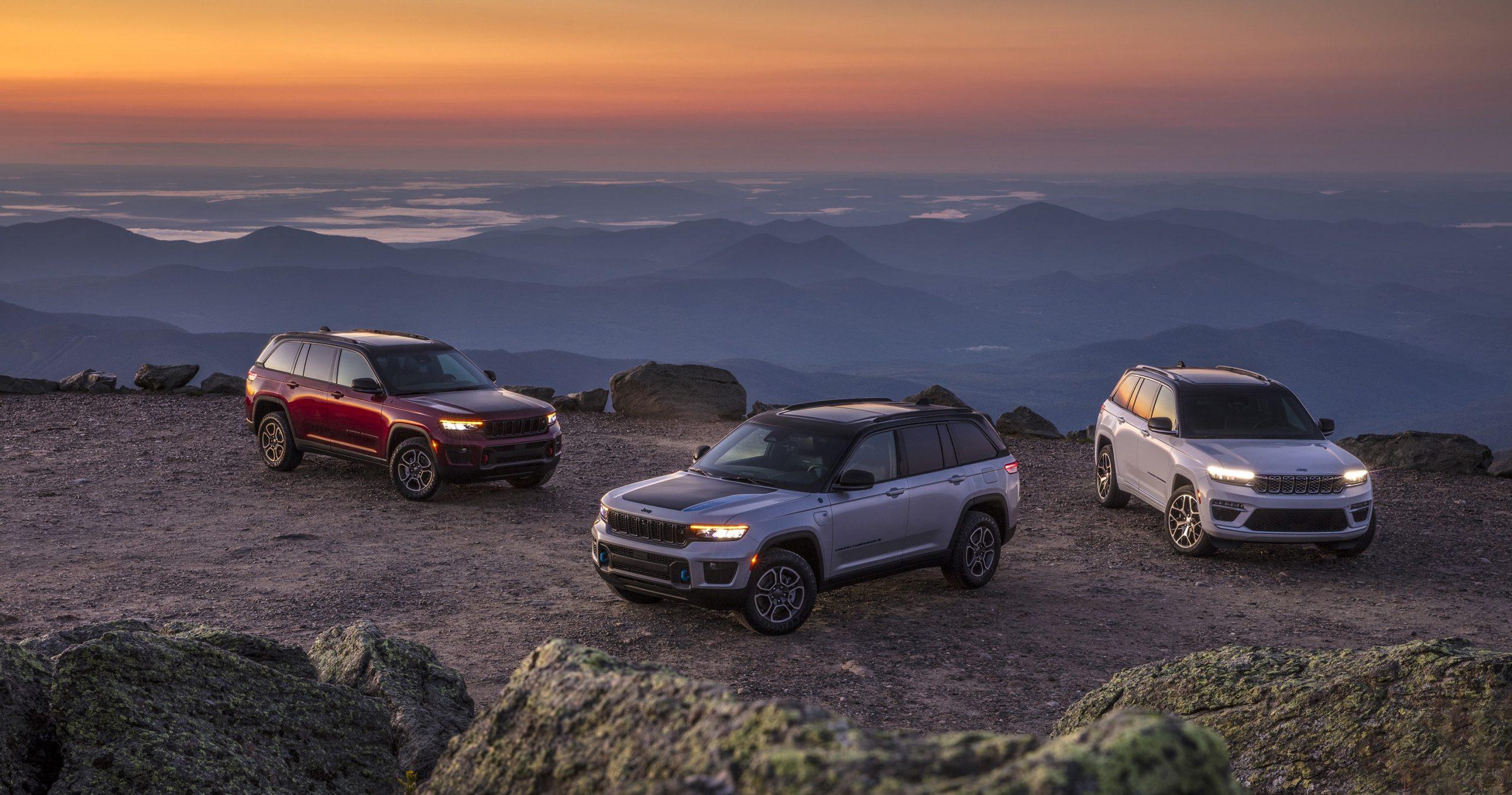 Nuova Jeep Grand Cherokee 2022: motori, esterni e interni.