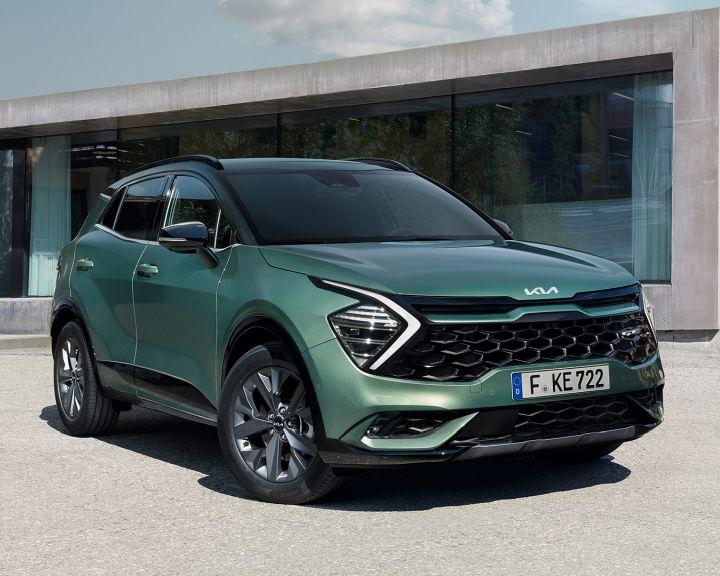 Nuova Kia Sportage: design, interni e motori.