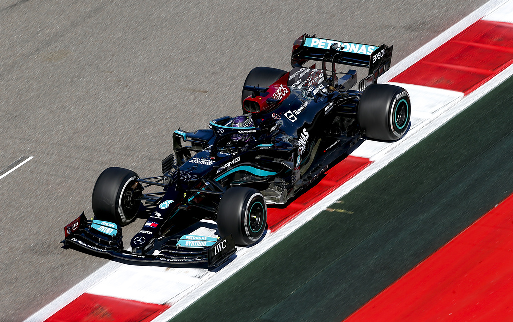 Gara del gp di Russia: Hamilton vince e raggiunge quota 100 vittorie. Ferrari a podio.