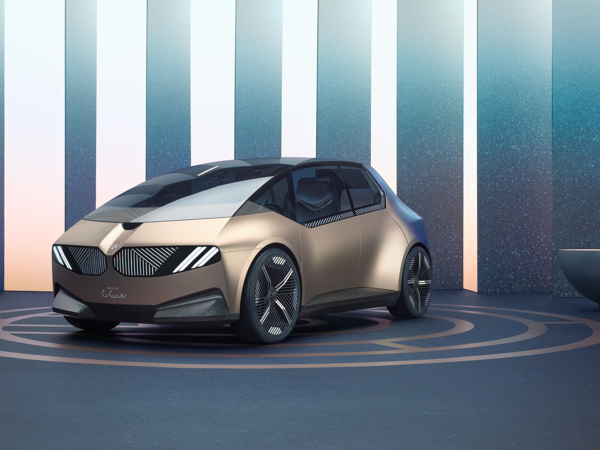 BMW i Vision Circular: la compatta del 2040.