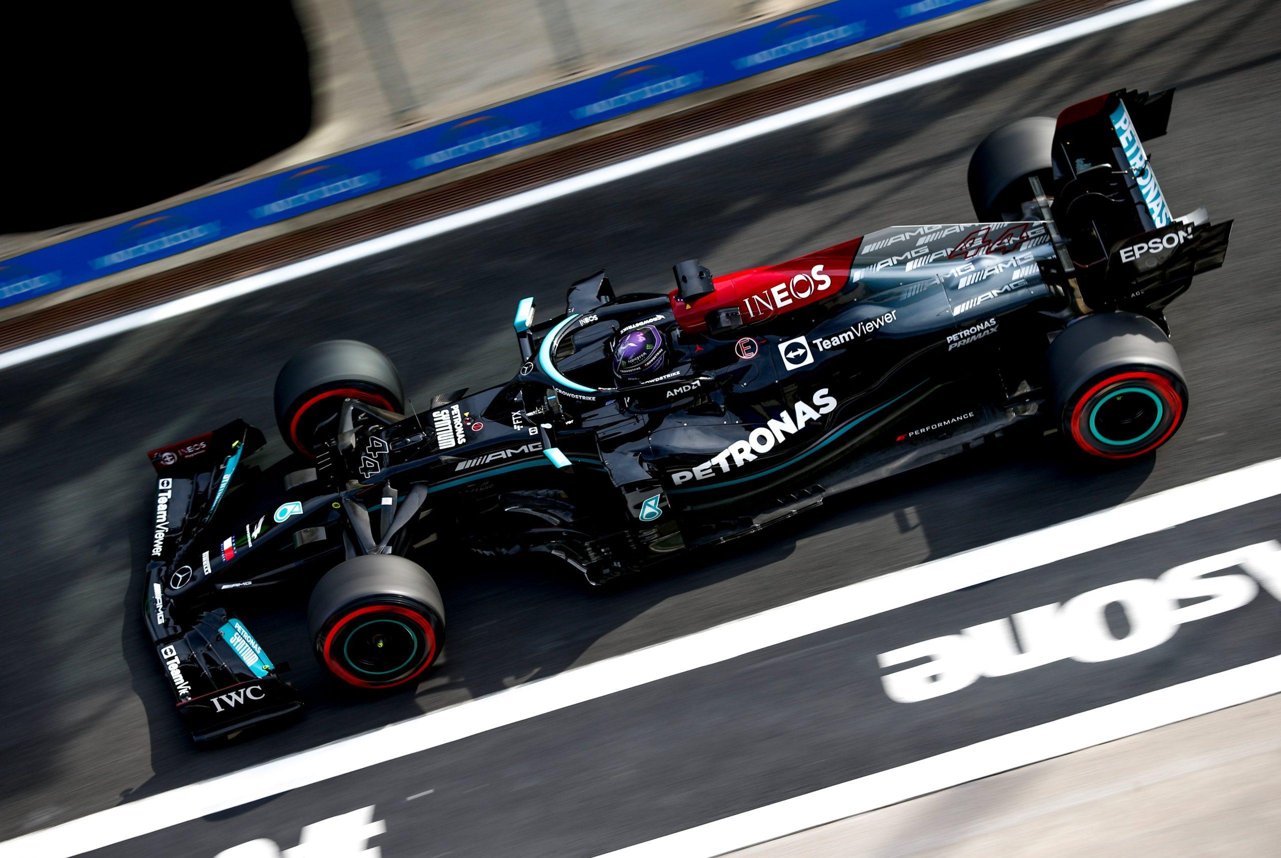 Gp Turchia: 10 posizioni di penalità per Lewis Hamilton.