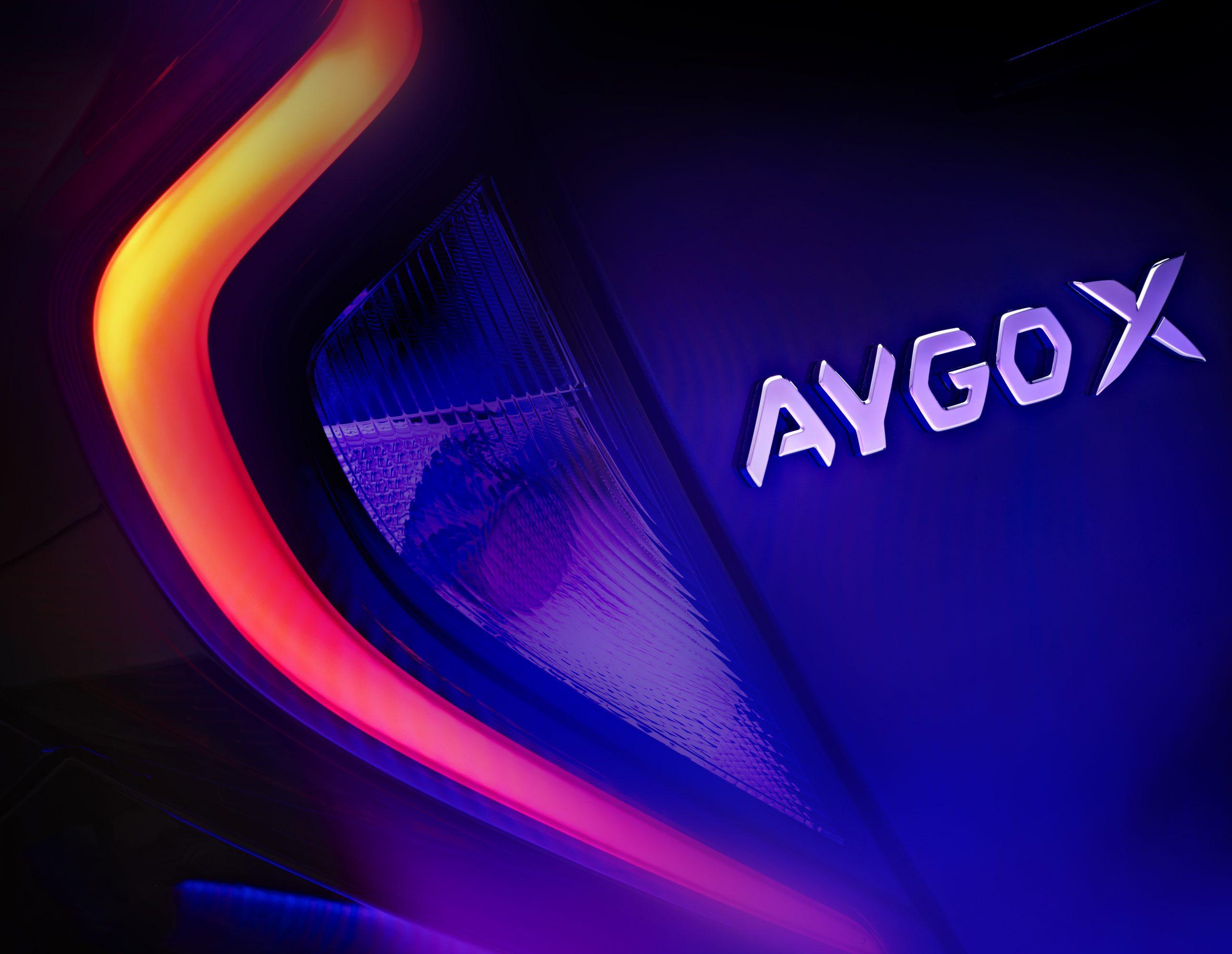 Toyota Aygo X, presentazione a novembre.